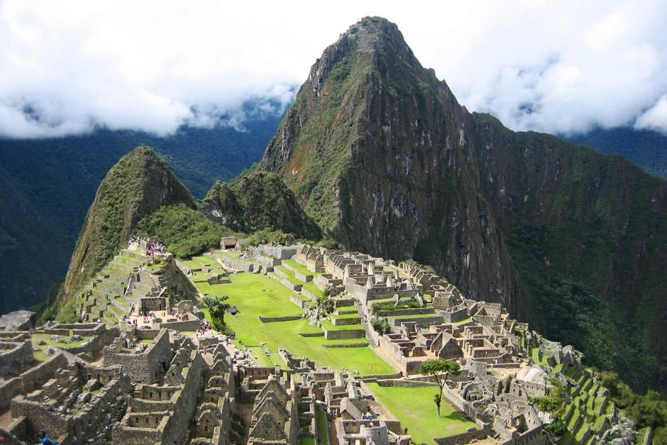 Aerial view of Machu Picchu. This image is from Around the World for Free. [Dagens foto - juni 2012]