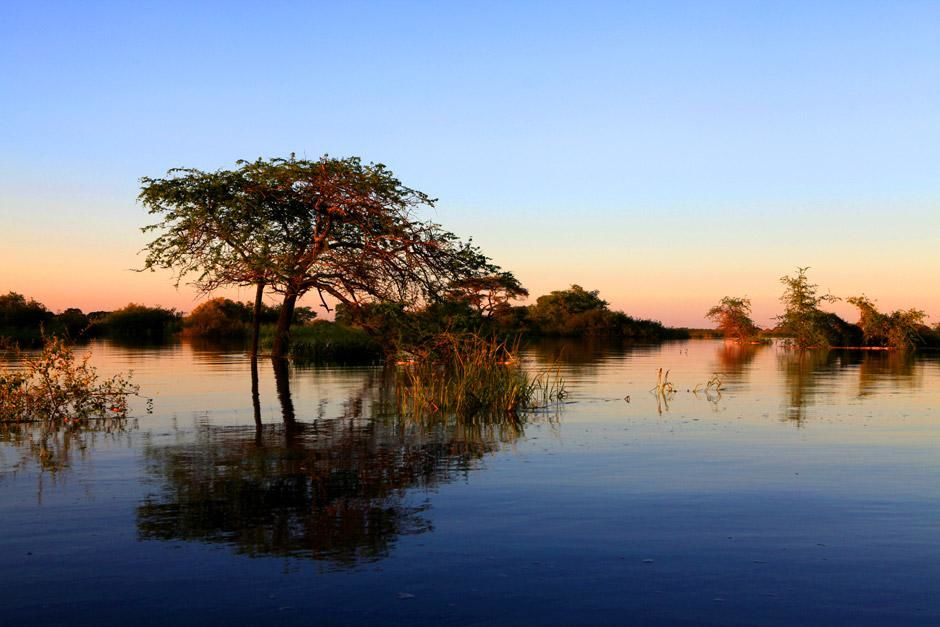 "Sambia: Regenzeit in Barotseland. Das Bild stammt aus ""Zambezi"". [Photo of the day - Juni 2012]"