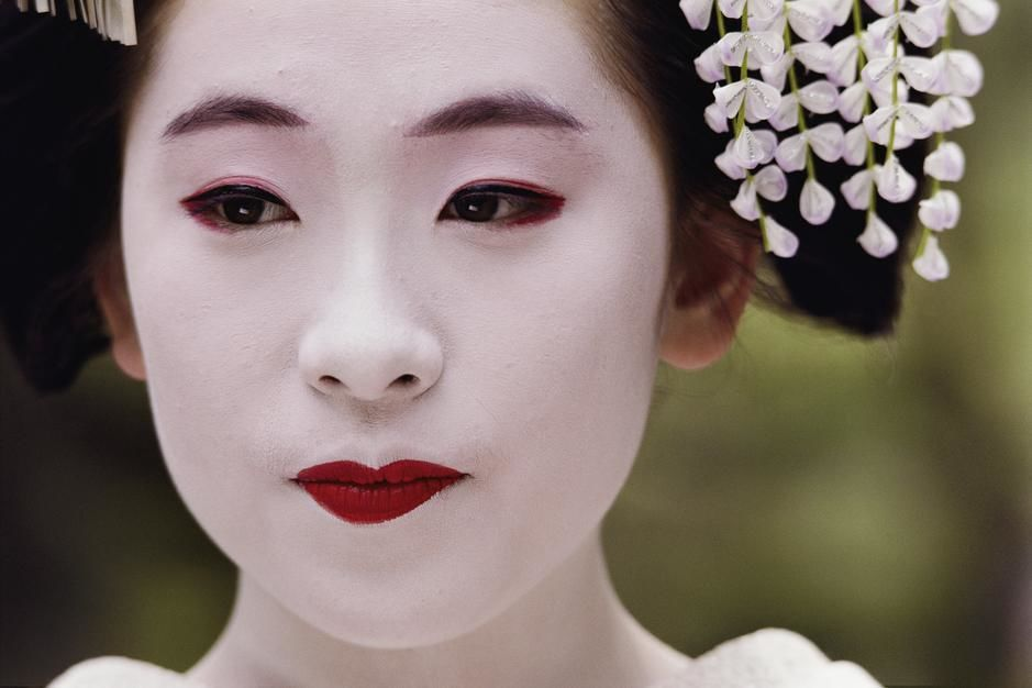 Maiko, een leerling-Geisha, in Kyoto.  [Photo of the day - juli 2011]