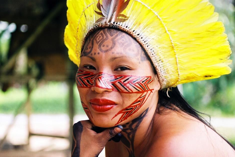 Raimunda, Yawanawa shaman. This image is from For Real. [Foto do dia - Setembro 2012]
