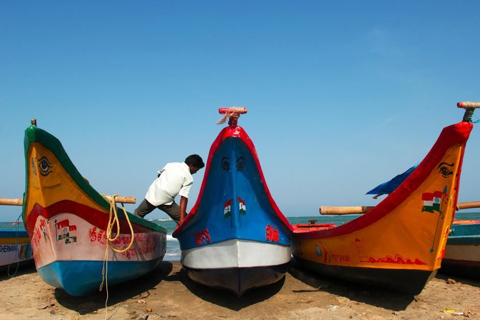 Painted boats in Tharangambadi, Tamilnadu, India . This image is from Laya Project. [Photo of the day - November 2012]
