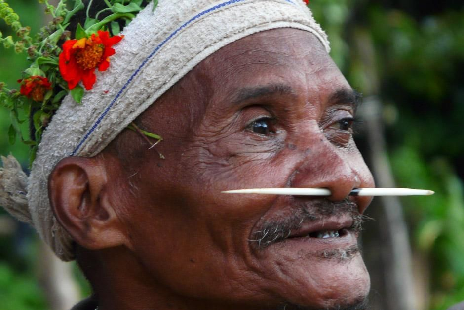 Royal Belum National Park, Perak, Malaysia: Bintang, an elder from the village of Bongo 2, is a m... [Photo of the day - December 2012]