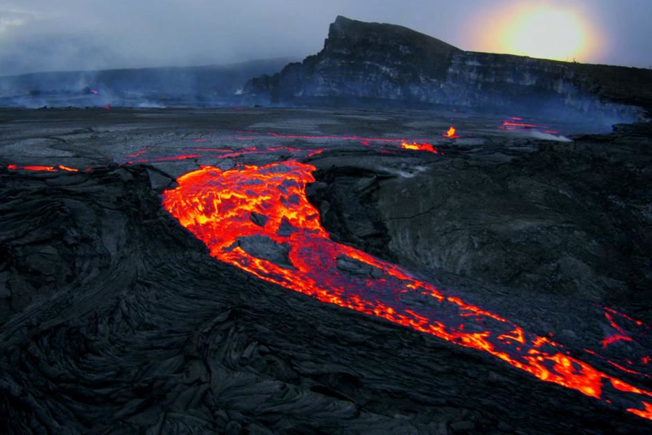 Kilauea coast, Big Island, Hawaii: Lava pour over the Pu'u O'o crater rim in an eruption of the K... [Photo of the day - March 2013]