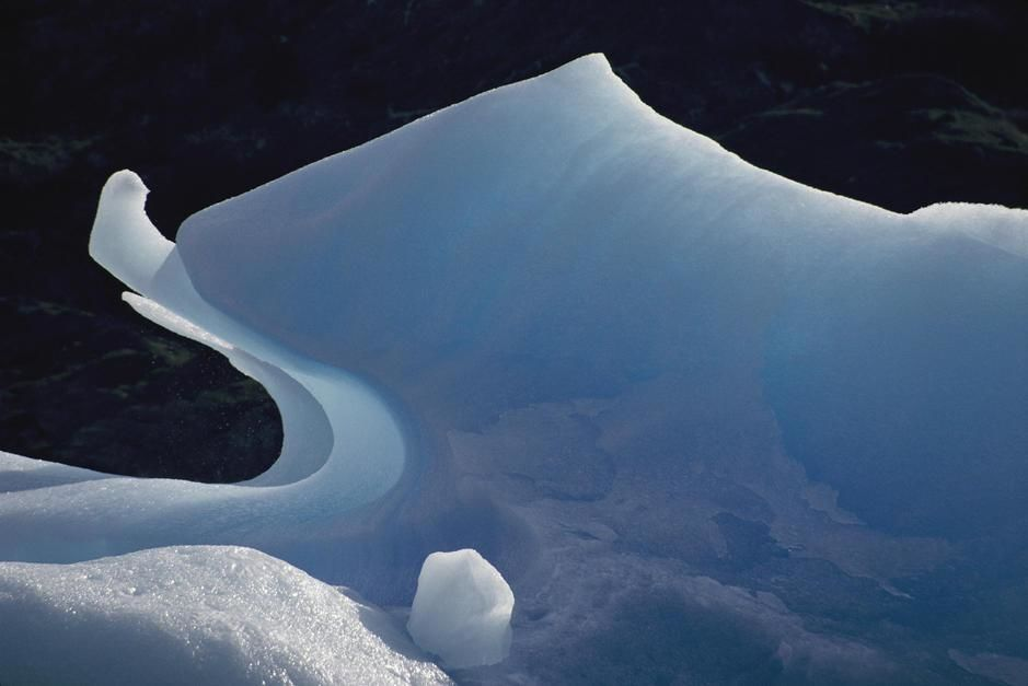 Nature resembles art in this naturally sculpted iceberg, Glacier Gey, Torres del Paine National P... [Dagens billede - november 2011]