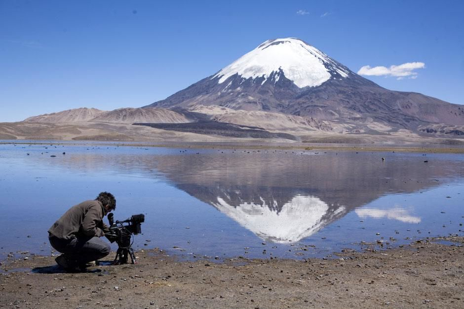 Salar de Surire, Chile: Andre Dupuis setting up for a shot. This image is from Departures. [Photo of the day - 四月 2013]