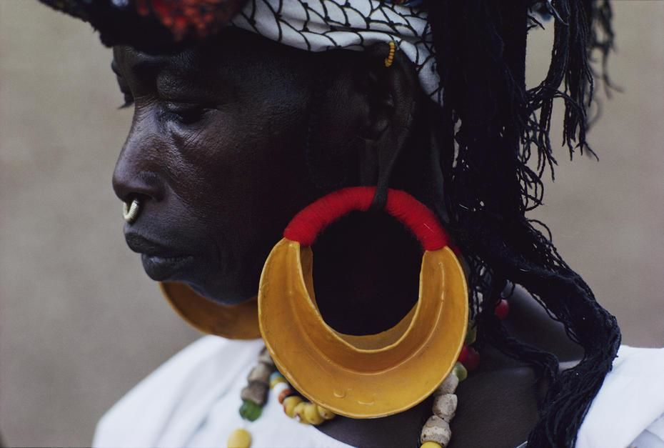 Porträt einer Frau vom Volk der Fulbe in Mali. [Photo of the day - November 2011]