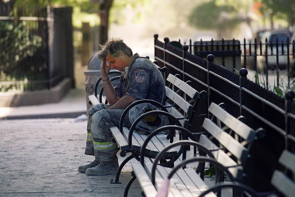 New York City, NY, USA: Dan Potter grieving for his wife Jean who he believes has been killed in... [Photo of the day - September 2013]
