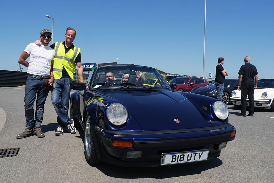 Silverstone, UK: Tim Shaw and Fuzz Townshend pose next to finished Porsche. Bolly Maloy, Allice... [Photo of the day - May 2014]