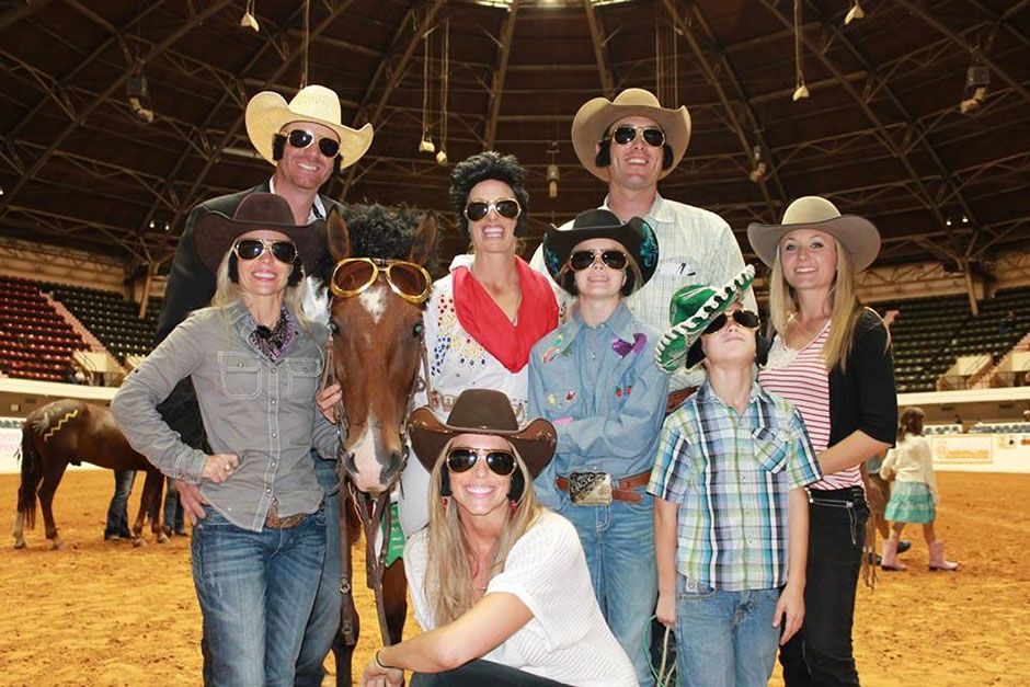 Fort Worth, TX, USA: Wylene's family and friends in their full costume support her 6th place... [Photo of the day - May 2014]