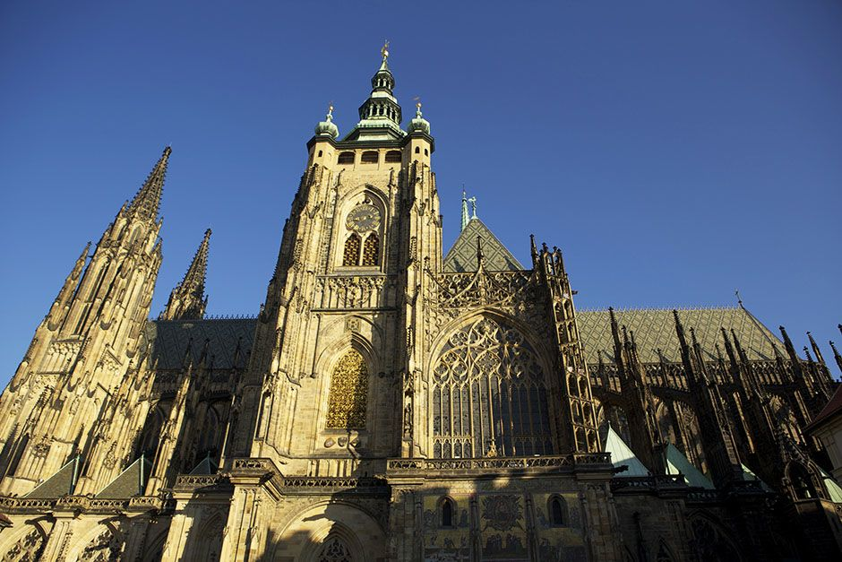 Prague, Czech Republic: The St. Vitus Cathedral against a blue sky. This image is from Access 360... [ΦΩΤΟΓΡΑΦΙΑ ΤΗΣ ΗΜΕΡΑΣ - ΑΥΓΟΥΣΤΟΥ 2014]