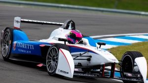 Donington, UK: Andretti car on the tr... [Photo of the day -  3 سپتامبر 2014]