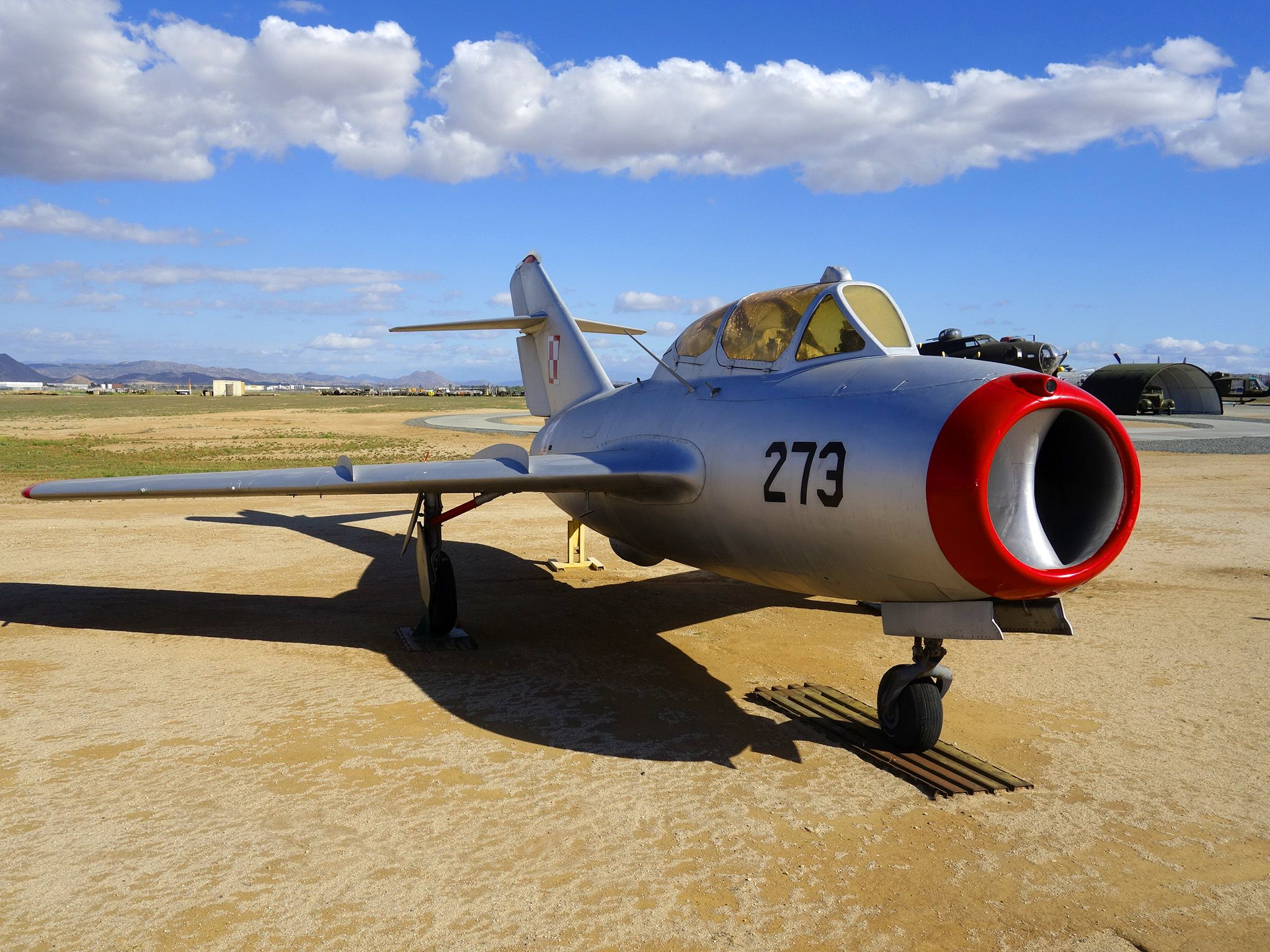 Riverside, California, USA: MiG-17 is a high-subsonic fighter aircraft, it was researched at Area... [Фото дня - Октябрь 2014]