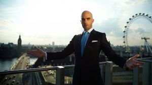 London, UK: Drummond Money-Coutts sta... [Photo of the day - NOVEMBER 28, 2014]