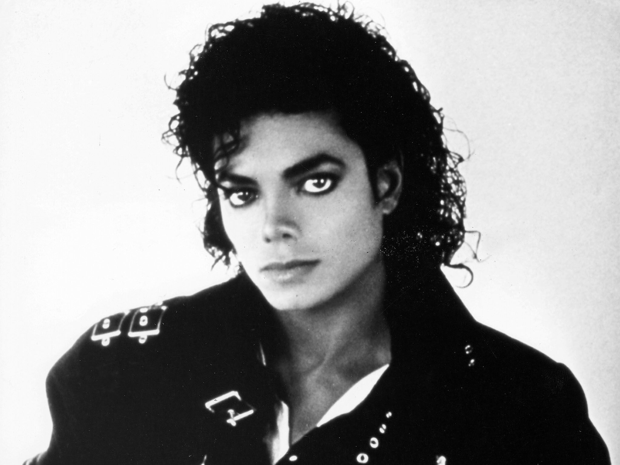 Michael Jackson in 1987. This image is from The 2000s Greatest Tragedies. [Фото дня - Август 2015]