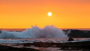 Tide rolls in at Sunset onto the rock... [Photo of the day - 30 AUGUST 2015]