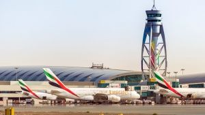 Dubai: The air traffic control tower.... [Dagens foto -  4 OKTOBER 2015]
