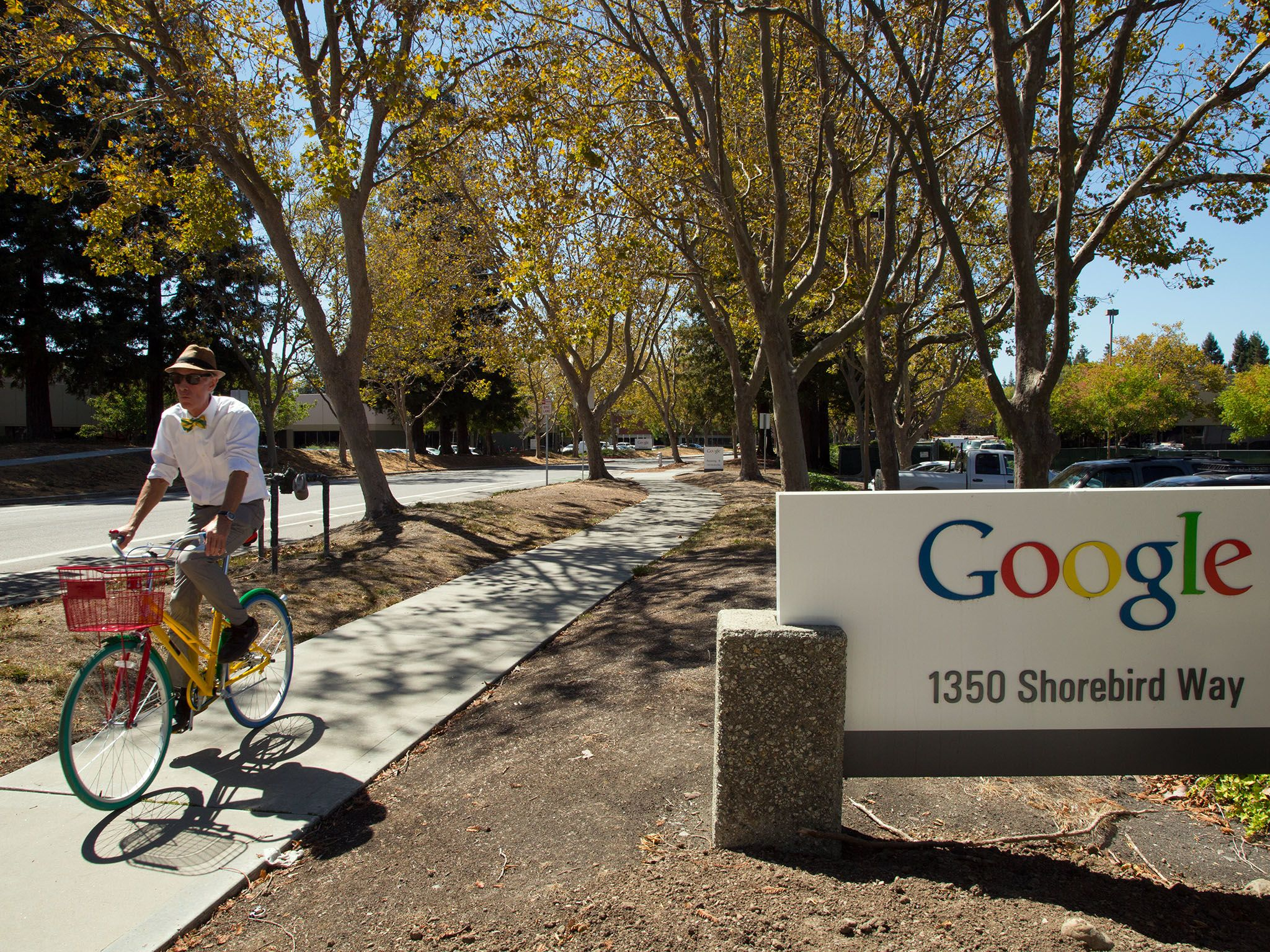 Mountain View, California: Bill Nye riding a Google bike through the Google campus. This image... [Photo of the day - November 2015]