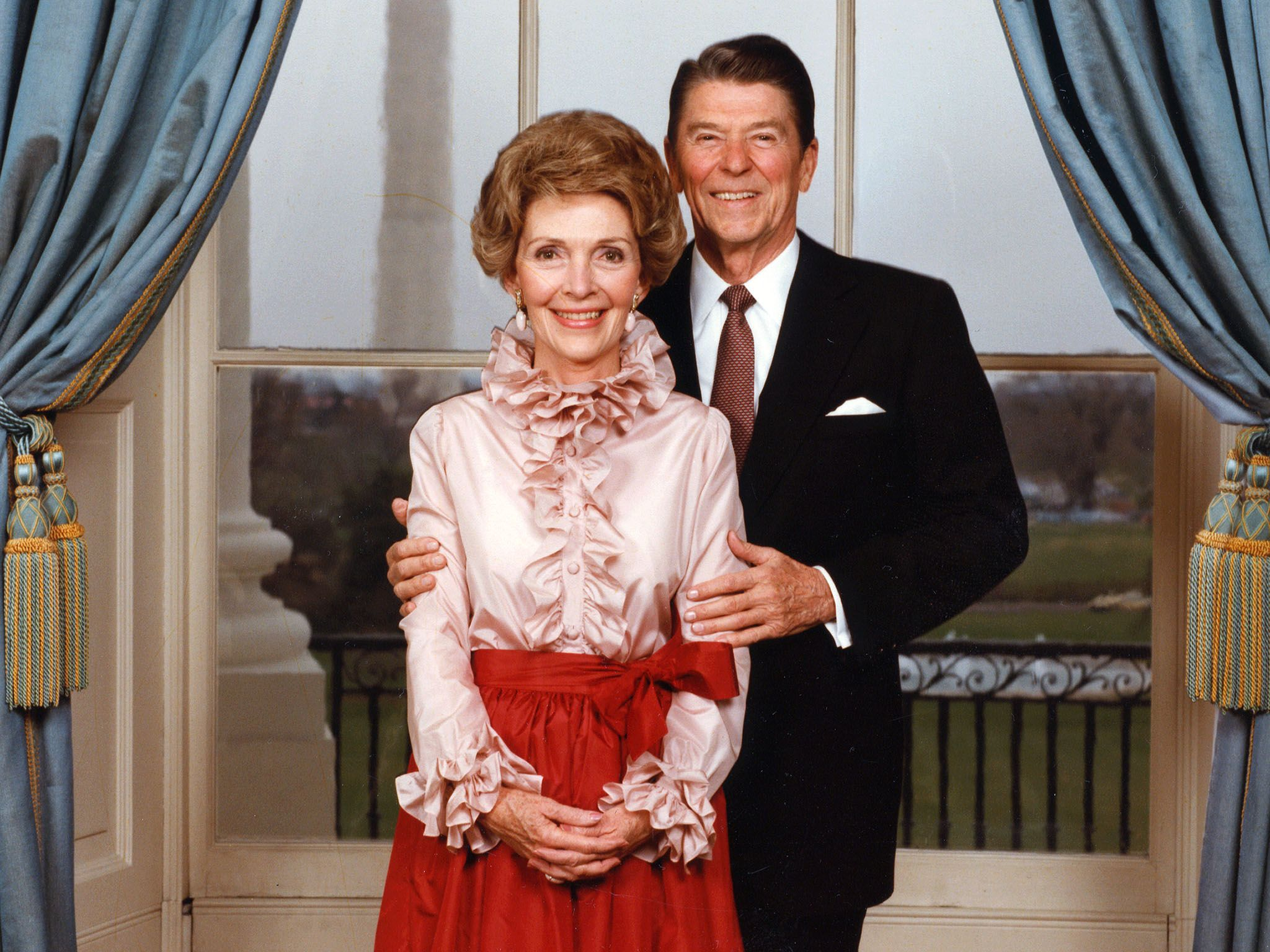 Portrait of President Ronald Reagan (1911 - 2004) with First Lady Nancy Reagan, taken in the... [Photo of the day - 四月 2016]