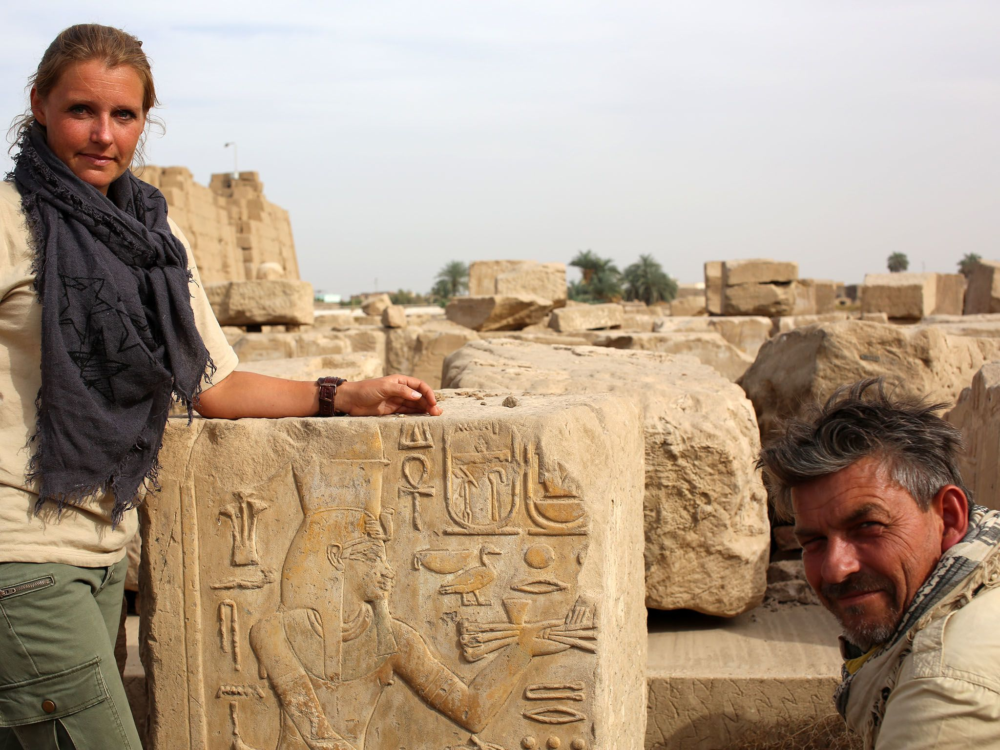 Luxor, Egypt: Maria Nilsson and John Ward at Karnak Temple. This image is from Egypt's... [Photo of the day - ژوئن 2016]