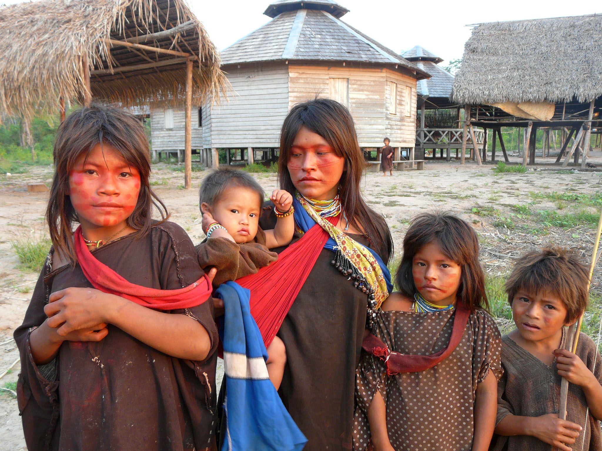 Acre, The Amazon, Brazil: Kampa children with baby.  The Kampa, or Ashanika, are the biggest... [Photo of the day - 七月 2016]