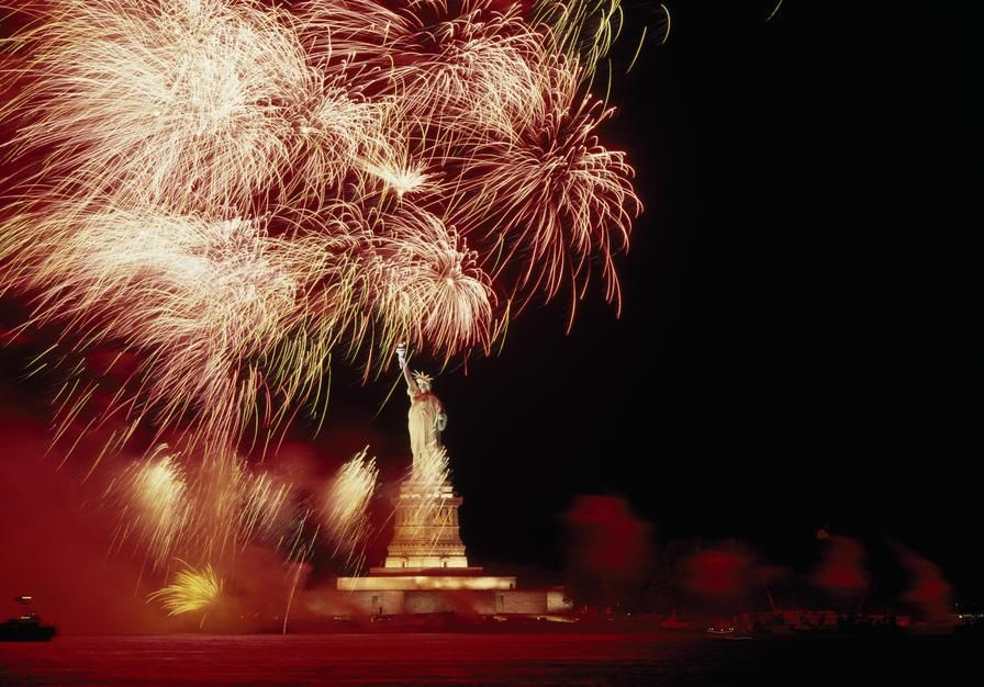 On this day, in 1886, the Statue of Liberty was dedicated in NYC harbour. USA. [Photo of the day - oktober 2011]