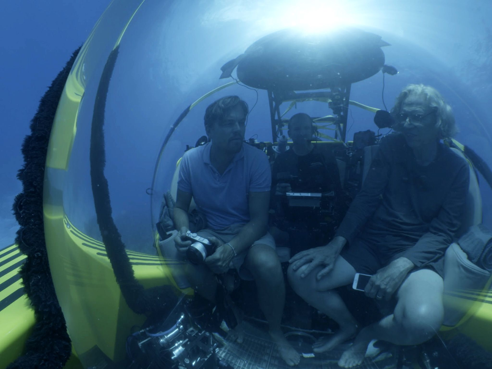 The Bahamas: Leonardo diving with Jeremy Jackson discussing the oceans. For two years, Leonardo... [Photo of the day - October 2016]