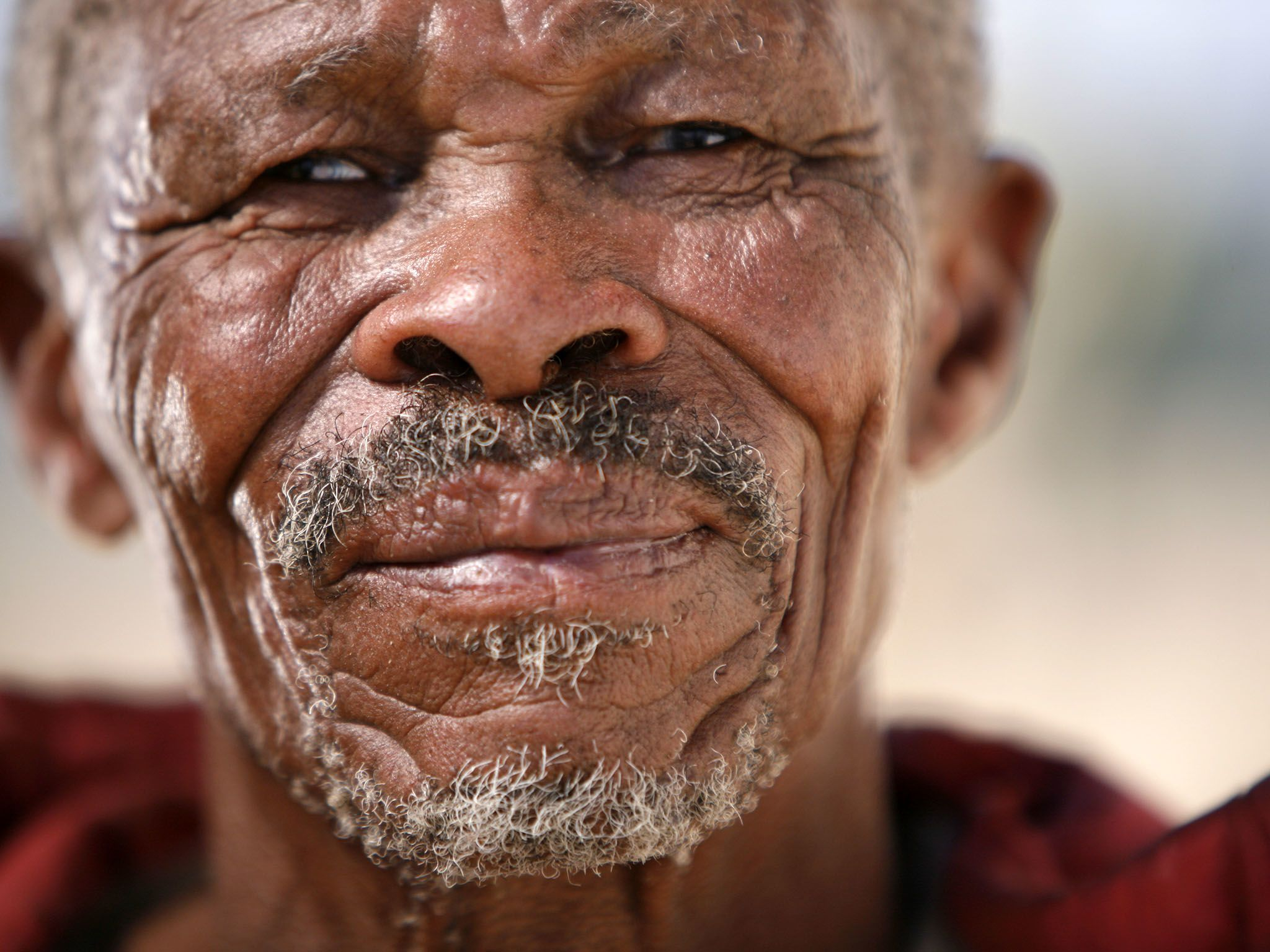 Andriesvale, Northern Cape, South Africa:  San patriarch living in Green Kalahari whose DNA was... [Photo of the day - مارس 2017]