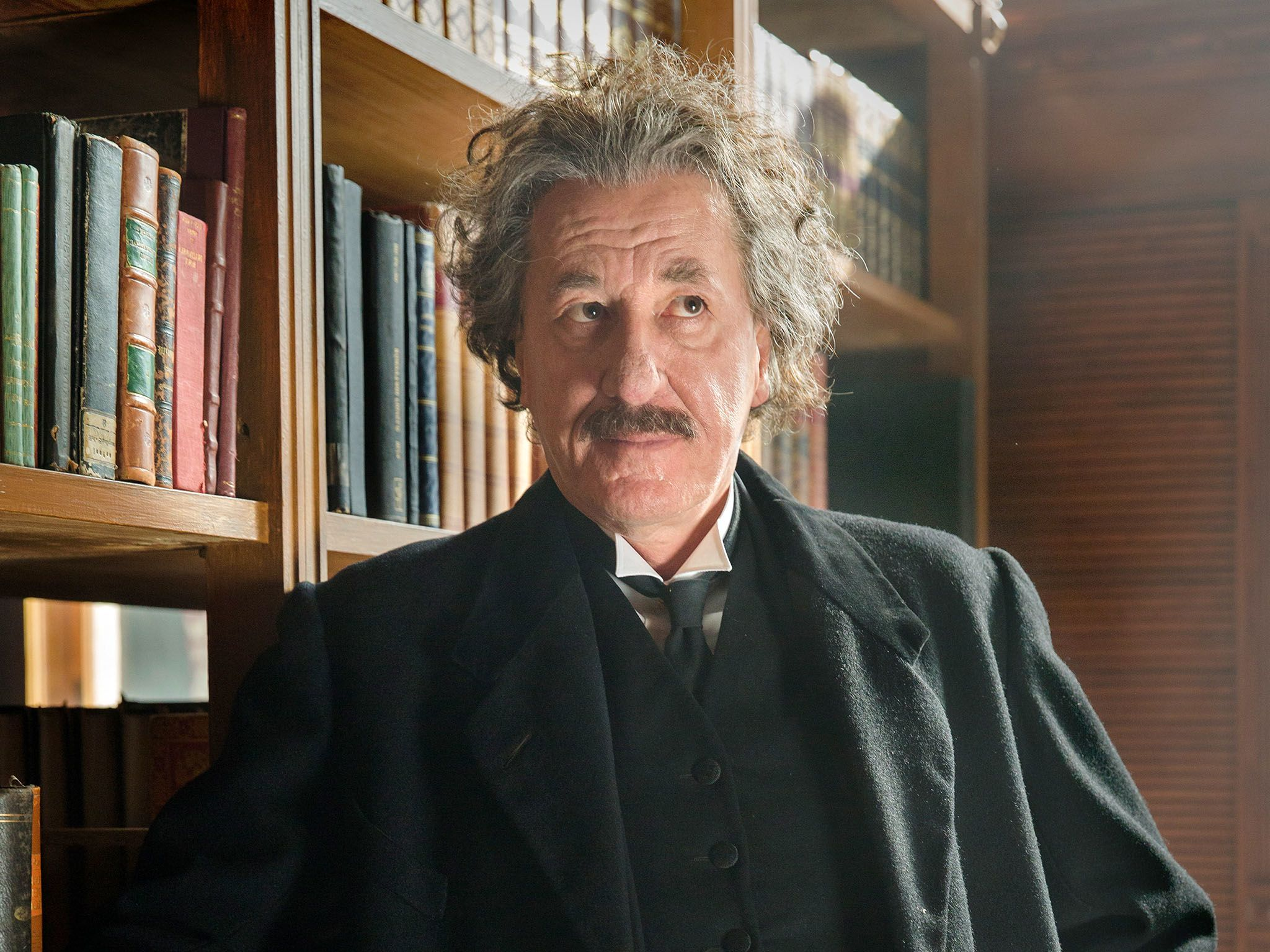 Geoffrey Rush as Albert Einstein in National Geographic's 'Genius'. [Photo of the day - 五月 2017]