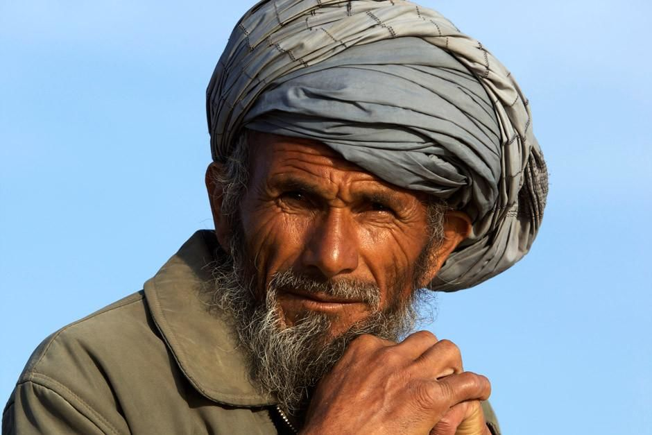 A portrait of an elderly shepherd in Afghanistan. This image is from Most Amazing Photos. [Dagens billede - april 2012]