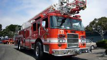 Противопожарен камион Предаване