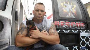 Ochránci zvířat Rescue Ink odhaleni fotografie