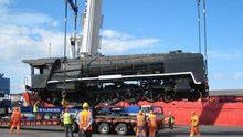 100 tonne train show