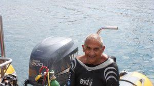 Plongée commémorative : centenaire du commandant Cousteau photo
