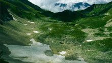 جبال القوقاز الحد العظيم برنامج