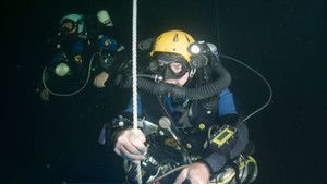 Diving The Labyrinth photo
