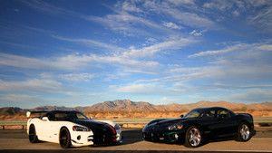 Dodge Viper photo