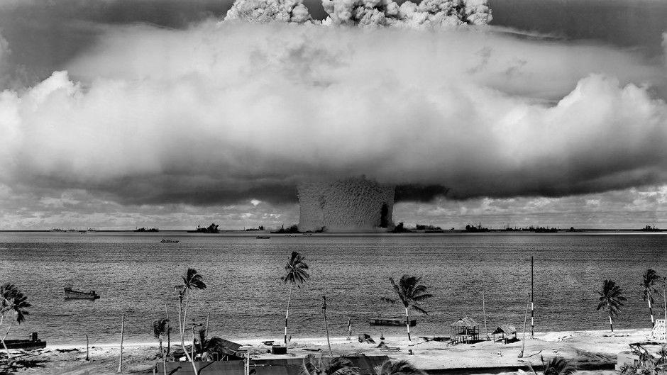 Bikini Atoll Explosion. (1 of 10 photos)