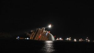 Costa Concordia imagine