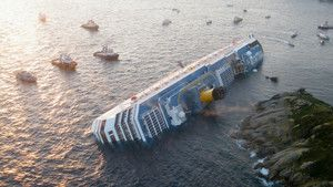 L&#039;accident du Costa Concordia photo
