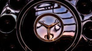 Mercedes Overhaul foto