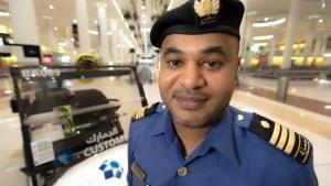 مطار دبي الدولي2 - الحلقة 8 صورة