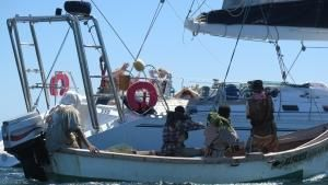 رهينة قراصنة الصومال صورة