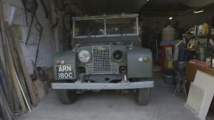 Land Rover Legend photo