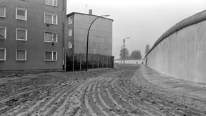 Zidak za zidakom: Ustvarjanje železne zavese