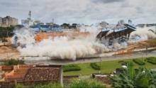 Blowdown - Die Sprengmeister: Ein Stadion geht in die Luft Programm