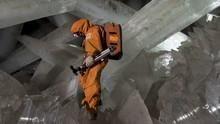 En la cueva de los cristales (1 h) Serie