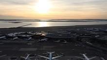 JFK: Control de aduanas Serie