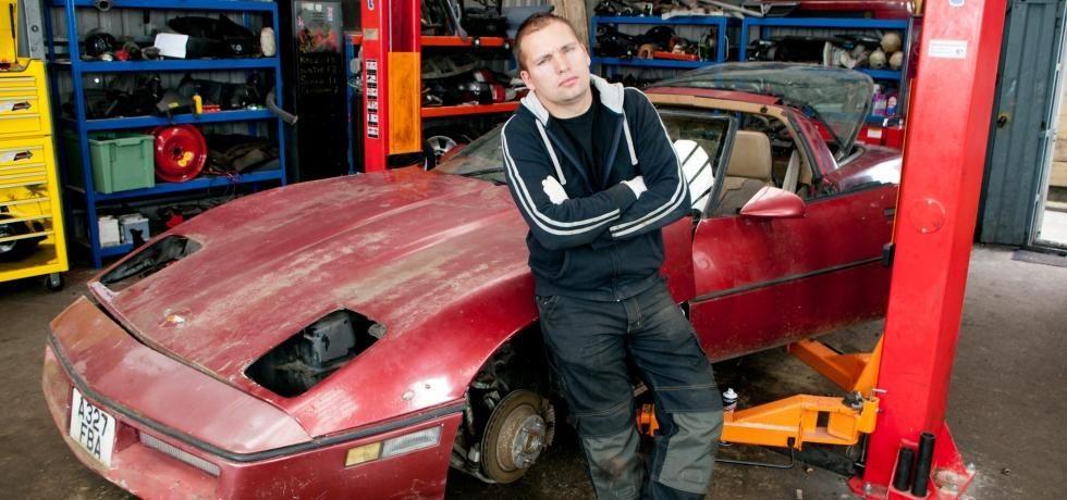 كم تساوي قطع سيارتك