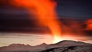 Kaoset med vulkanaskan: Utbrottet inifrån