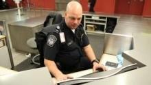 القبض على المهربين: مطار جون إف كينيدي برنامج